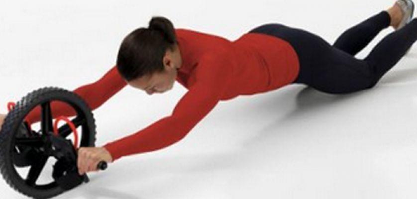 Ejercicios con ab roller para trabajar y fortalecer tus - Material para hacer ejercicio en casa ...
