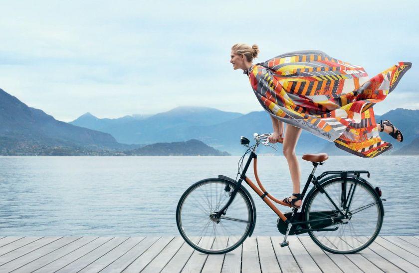 ¿Elimina la grasa de las piernas correr o ir en bici?
