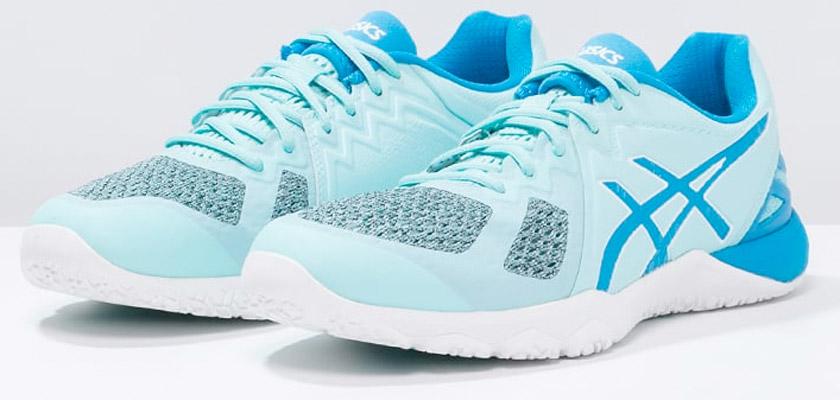 7 zapatillas multideporte para mujer que aseguran las mejores prestaciones - Asics Conviction X