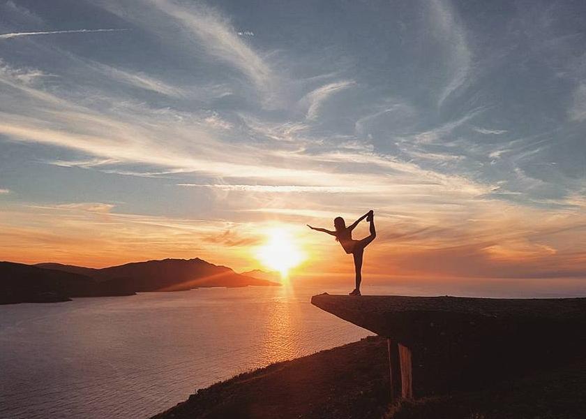 posturas-yoga-la-bailarina
