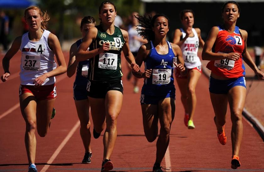 Entrenar los abdominales oblicuos es bueno para los corredores