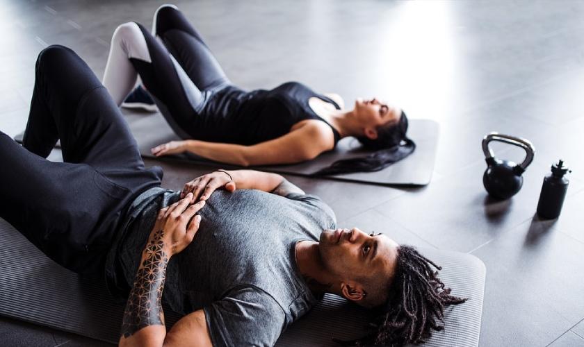 Entrenar los abdominales oblicuos es bueno para la salud